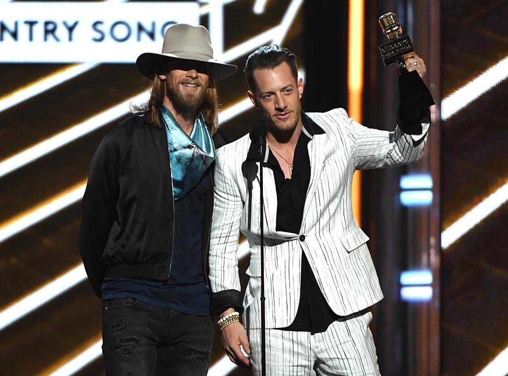 Florida Georgia Line, 2017 Billboard Music Awards, Winner