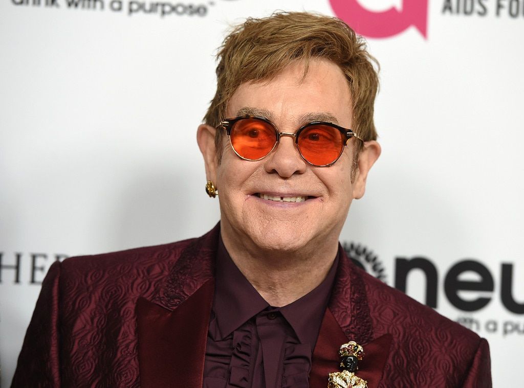 Elton John Throws Shad...