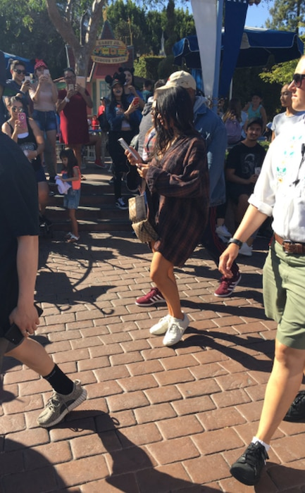 Kim Kardashian, Kanye West, Disneyland