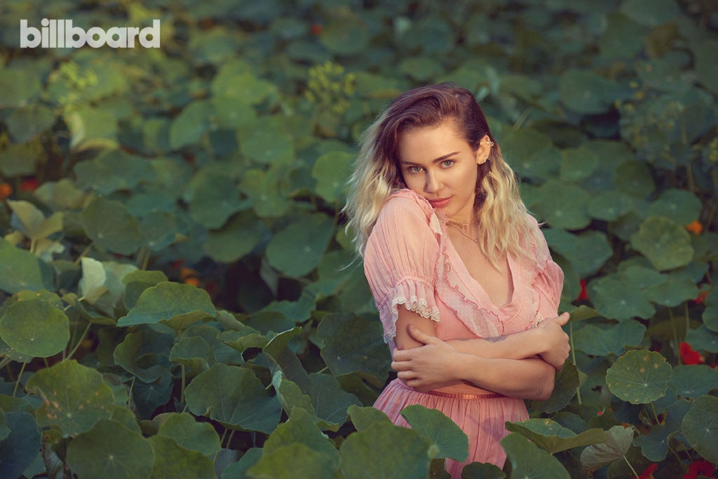 Miley Cyrus, Billboard