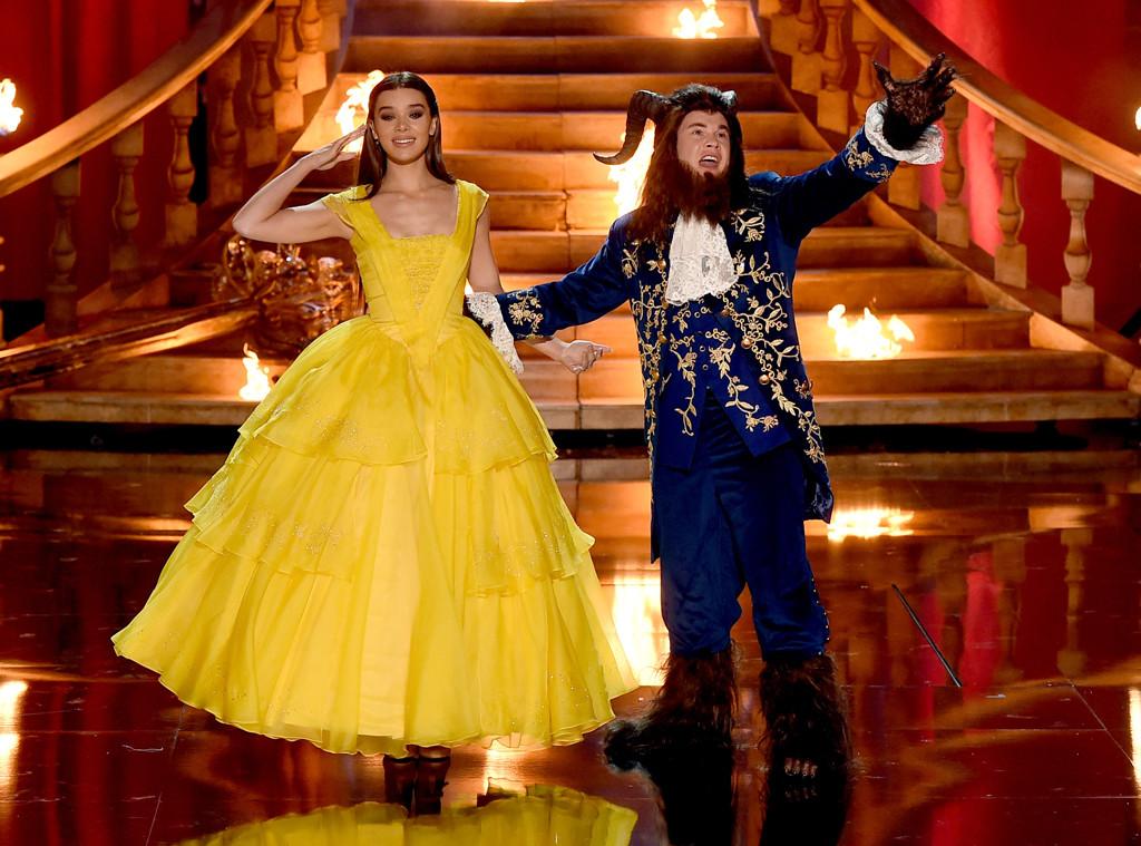 Adam Devine, Hailee Steinfeld, 2017 MTV Movie And TV Awards, Show