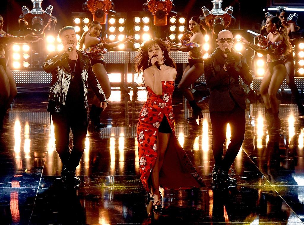 J Balvin, Camila Cabello, Pitbull, 2017 MTV Filme e Prêmios de TV
