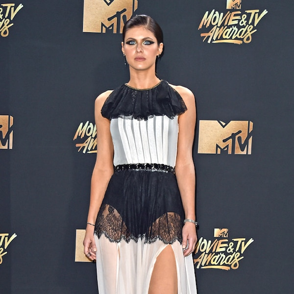 Alexandra Daddario from MTV Movie & TV Awards 2017: Red ...