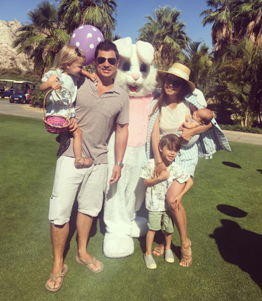 Nick Lachey, Vanessa Lachey, Easter