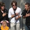 Hanson Brothers, Justin Bieber