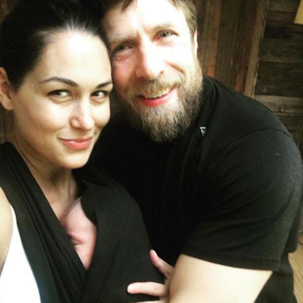 Brie Bella, Instagram
