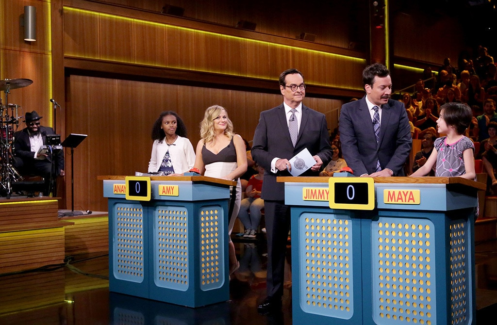 Jimmy Fallon Shows Amy Poehler Who's 'Smarter Than a Smart Girl'