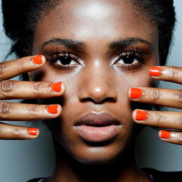 How to Get a Gel Manicure in Less Than 10 Minutes!