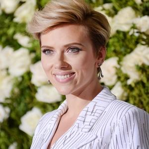 ESC: Scarlett Johansson