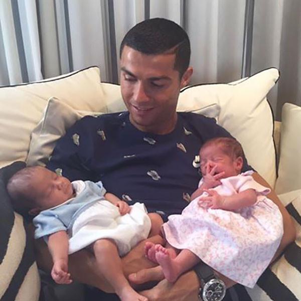 Cristiano Ronaldo, Twins