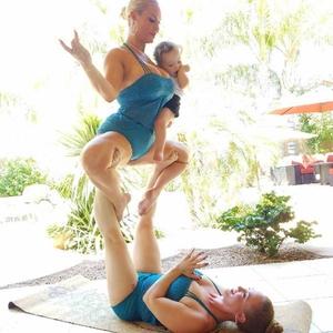 Coco Austin Yoga Pose, Instagram
