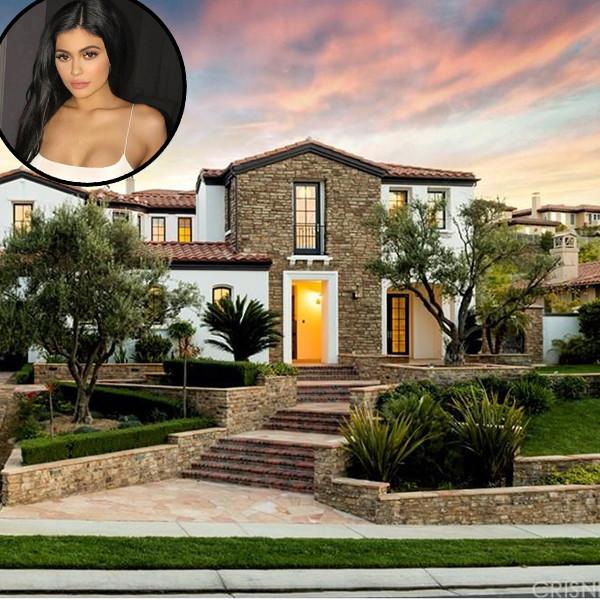 Kylie Jenner, Calabasas Home