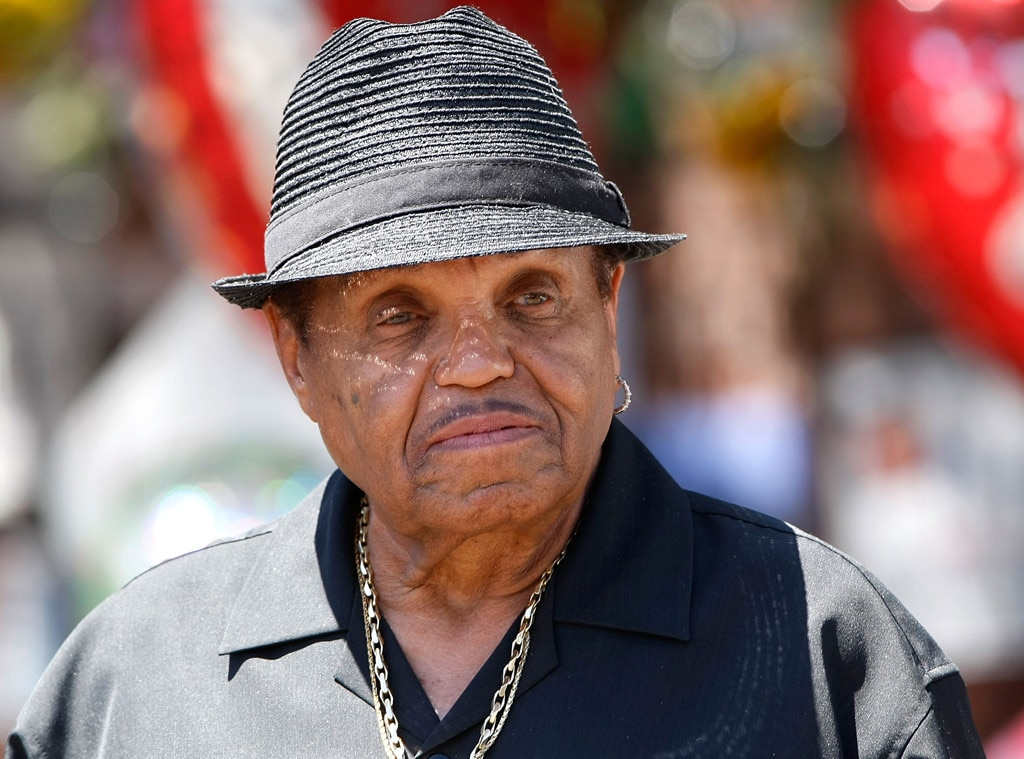 Michael Jackson's father fine after auto  accident