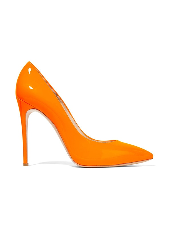 ESC: Bright Shoes