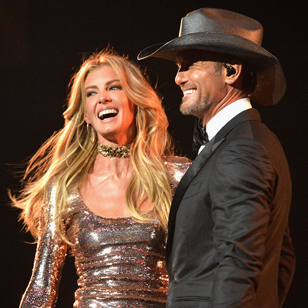 Inside faith hill and tim mcgraw 39 s enduring love closer for How old are tim mcgraw and faith hill s kids