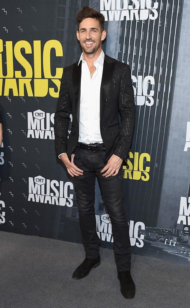 Jake Owen, 2017 CMT Music Awards