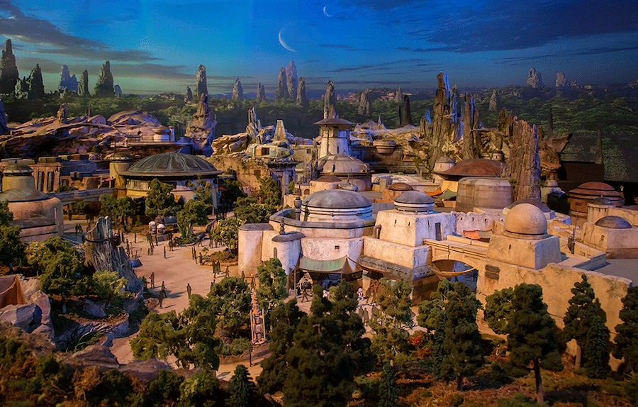 Star Wars-Themed Land, Disney