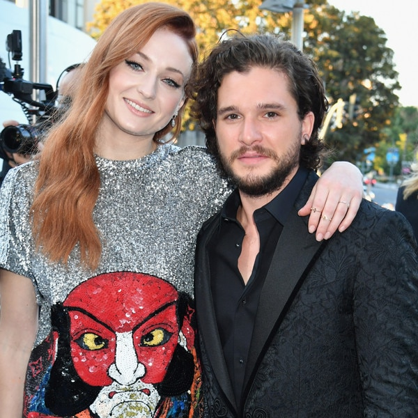 <i>Game of Thrones</i> Season 7 Premiere Hits the L.A. Blue Carpet