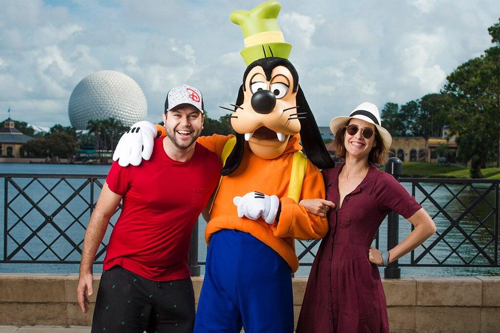 Taran Killam, Cobie Smulders, Disney World, Epcot