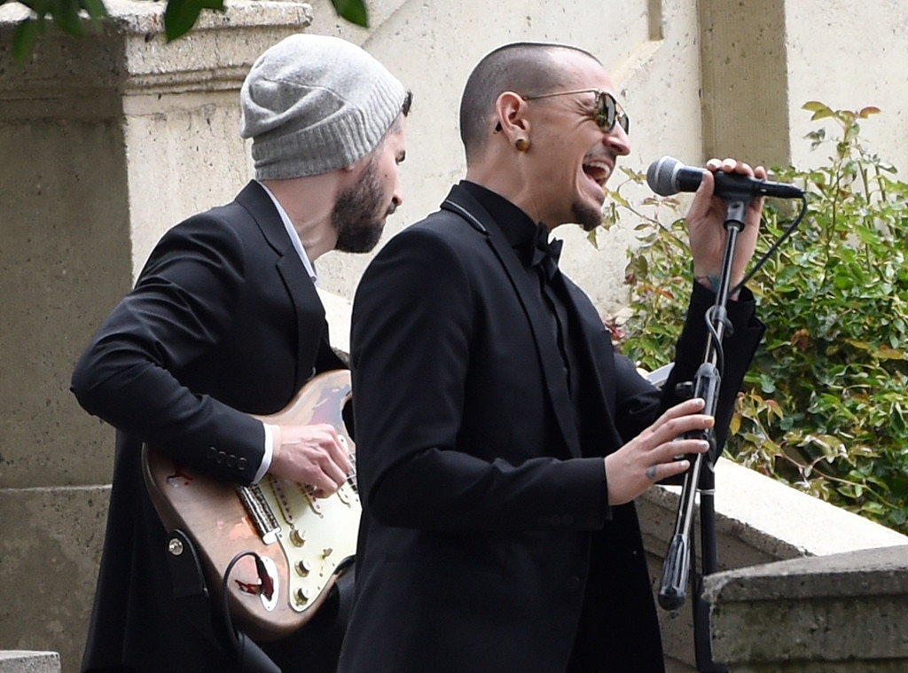 how chester bennington s life has influenced On july 20, 2017, the music world lost one of its most innovative artists in chester benningtonthe singer and front man was best known for his work in the genre-bending rap-rock group linkin park.