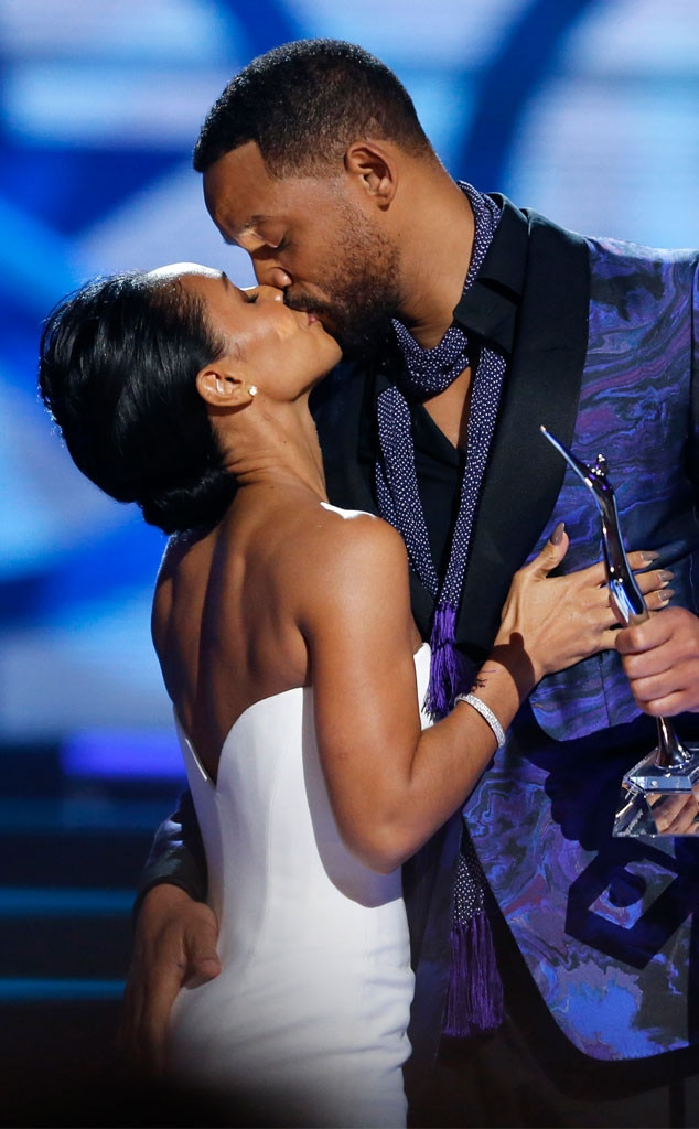 Woman, will and jada smith swinger Finger Gracias
