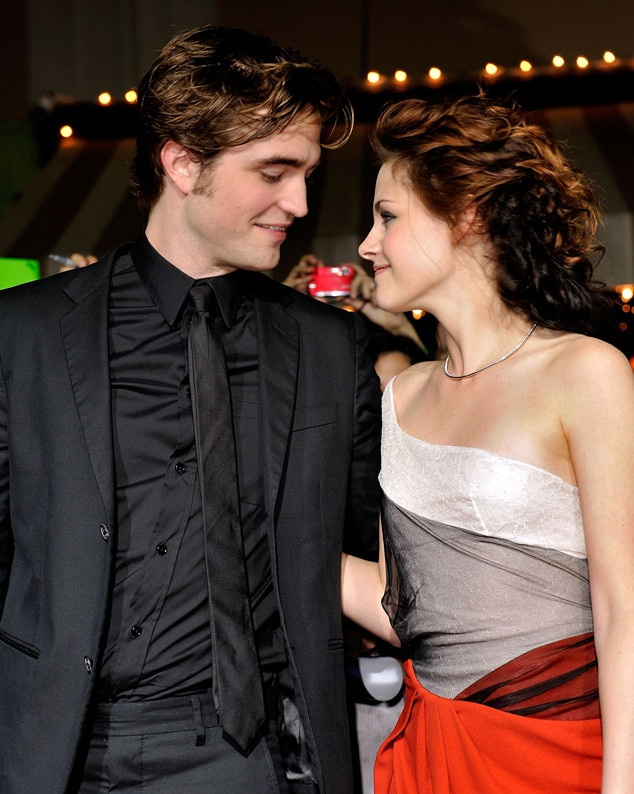 robert pattinson and kristen stewart dating twilight
