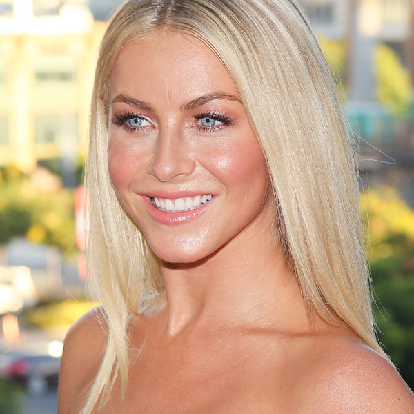 ESC: Julianne Hough