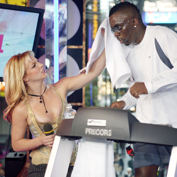 rs 600x600 170731123304 600.britney spars.cm.73117 - TRL Will Return in October: Looking Back at the Show's 15 Most Memorable Moments