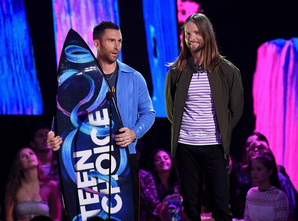 Adam Levine, James Valentine, 2017 Teen Choice Awards