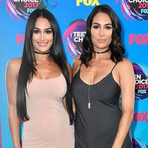 2017 Teen Choice Awards, Nikki Bella, Brie Bella