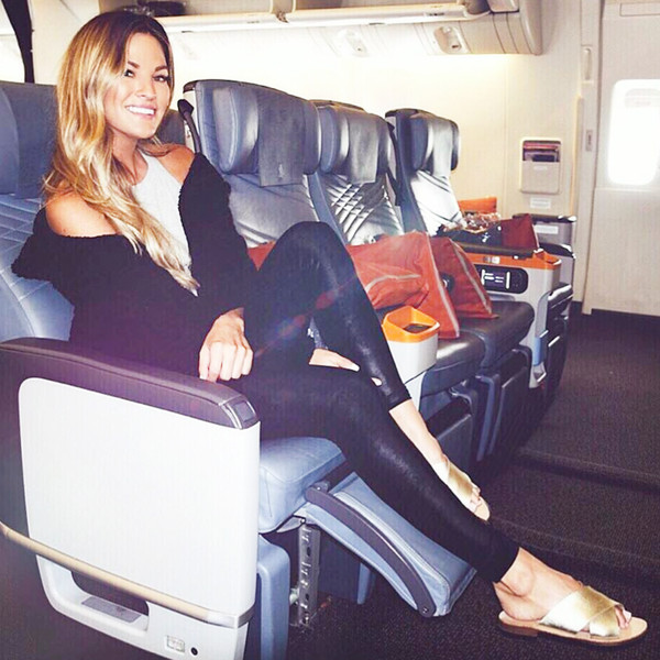 ESC: Bachelor Contestants Travel Tips