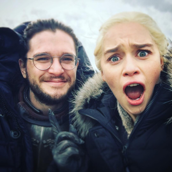 Jon Snow Pretends to Be a Dragon in Hilarious Game of Thrones Outtake