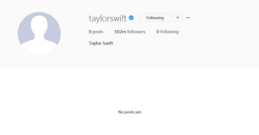Taylor Swift, Blackout, Social Media