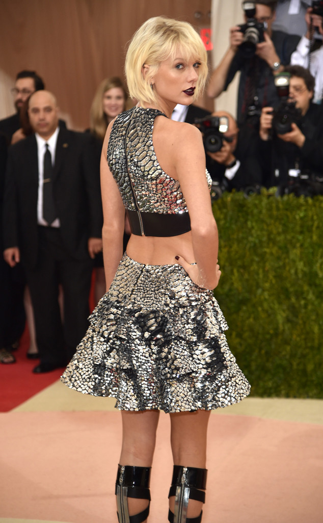 ESC: Taylor Swift, 2016 Met Gala