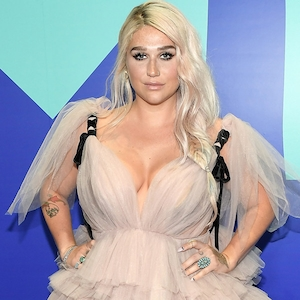 Kesha, MTV Video Music Awards 2017