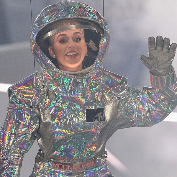 Katy Perry's 10 Looks at the 2017 MTV VMAs