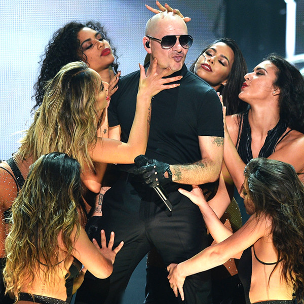 Pitbull, iHeartRadio Fiesta Latina