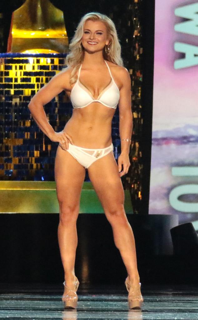 Miss America 2018, Swimsuit Challenge, Miss Iowa Chelsea Dubczak
