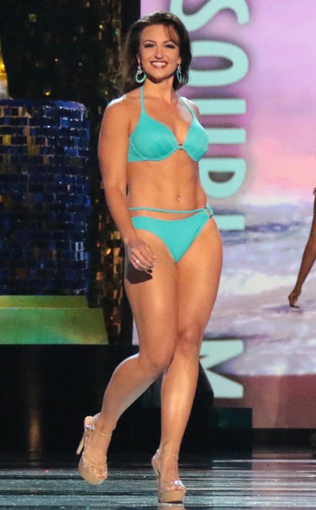 Miss America 2018, Swimsuit Challenge, Miss Massachusetts Jillian Zucco