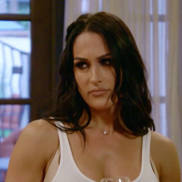 Nikki Bella, Total Bellas 202