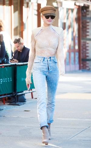 ESC: Celeb Street Style, NYFW, Hailey Baldwin