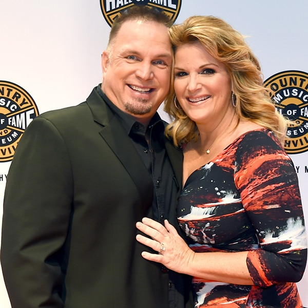 Couples news pictures and videos e news for Trisha yearwood and garth brooks wedding pictures
