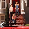 Candace Cameron Bure Reveals What It's Really Like When <i>Full House</i> Cast Comes to <i>Fuller House</i>