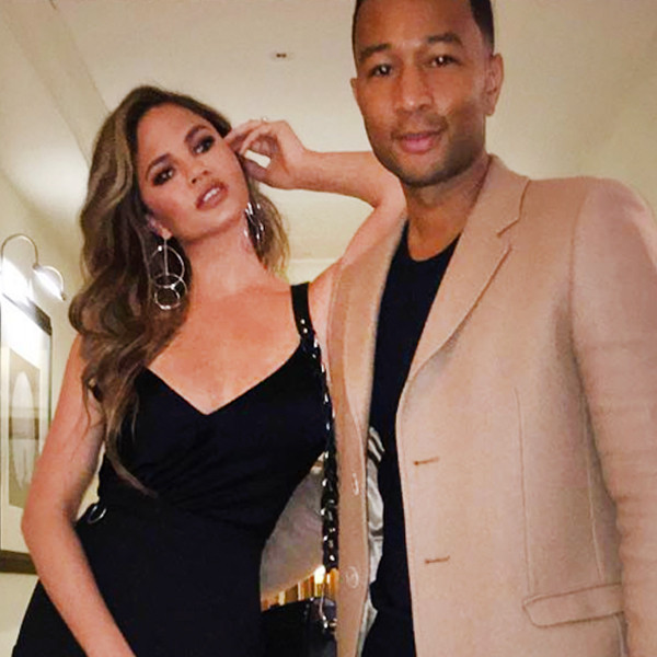 ESC: John Legend, Chrissy teigen