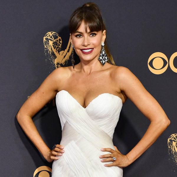Watch The Fashion Police Weigh In On Sofía Vergara S Emmys Look