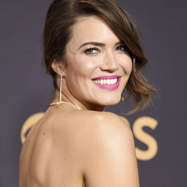 Must-Do Monday: Mandy Moore's Hot Pink Pout