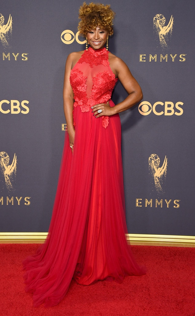 2017 2018 Bowl Schedule >> Tanika Ray from 2017 Emmys Red Carpet Arrivals | E! News