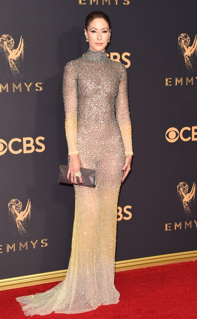 Amanda Crew From 2017 Emmys Red Carpet Arrivals E News