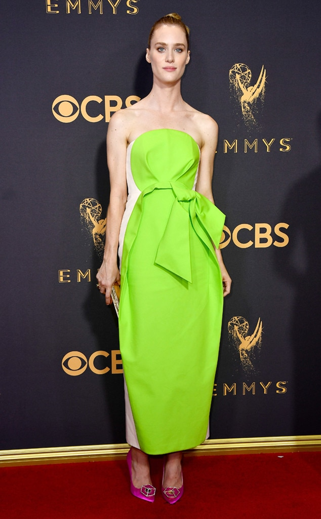 Mackenzie Davis, 2017 Emmy Awards, Arrivals