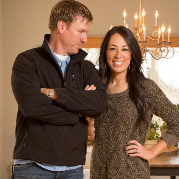 joanna gaines news pictures and videos e news. Black Bedroom Furniture Sets. Home Design Ideas